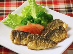 アジのムニエル カレー風味 ~魚嫌いでもカレー味で食べやすく~